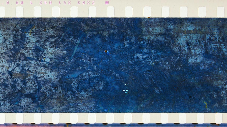 13.-SOUND-OF-A-MILLION-INSECTS-LIGHT-OF-A-THOUSAND-STARS-JAP-2014-R-Tomonari-Nishikawa-2_-without-dialogue-35mm.