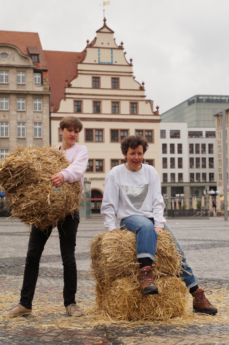 Beispiel-Pressefoto_30hrundertisch-web_credits_MonikaKrajka
